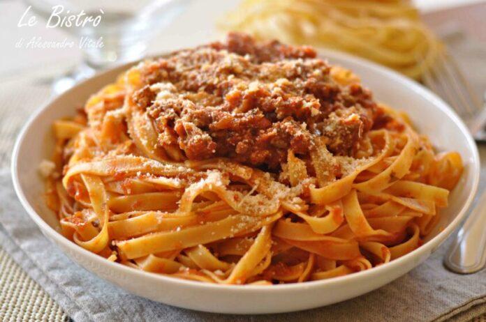 Tagliatelle Al Ragu Bolognese Antonio Carluccio S Recipes Fans Site