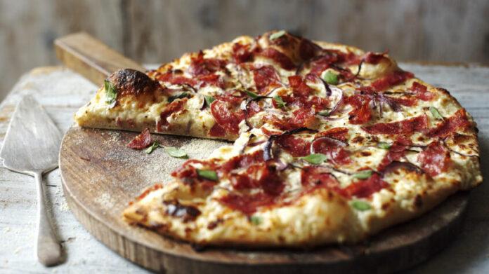 Antonio Carluccio's recipe for the perfect pizza - Antonio ...