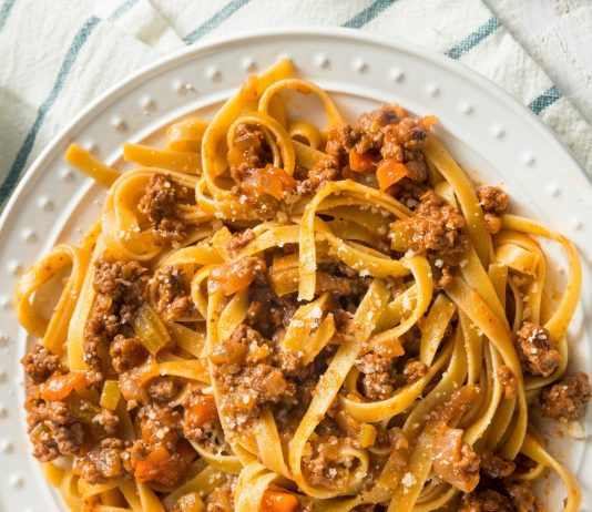 Antonio Carluccio's Ragu Bolognese Recipe